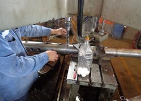 Mandrilado de eje mezclador para extrusor de ladrillo hueco