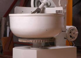 Fabricación de Mescladora de masa para panificación