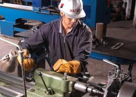 Contamos con  el personal y la maquinaria  calificada para trabajos de alta exigencia